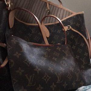 Louie Vuitton purse